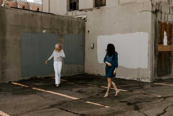 women-dancing-global-marketing
