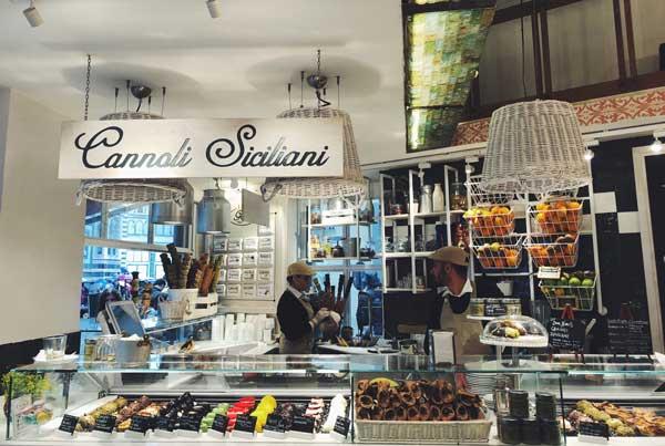 cannoli-shop-italy
