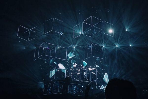 dark-building-cubes